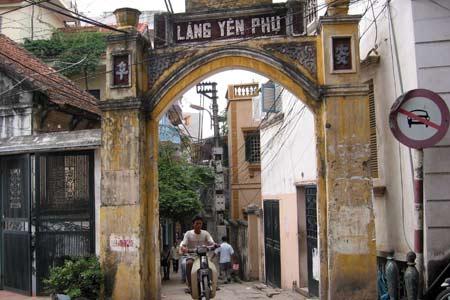 http://media.dulich24.com.vn/diemden/lang-huong-yen-phu-6265/lang-huong-yen-phu-1.jpg