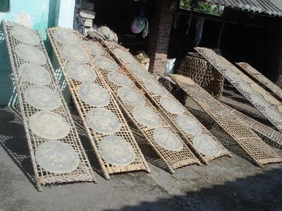Làng nghề bánh đa Nông Xá