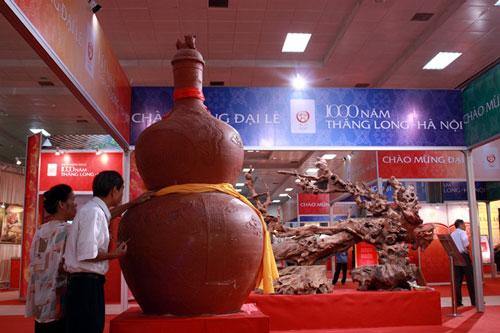 Rượu làng Vân góp mặt ấn tượng tại Đại lễ 1000 năm Thăng Long – Hà Nội…