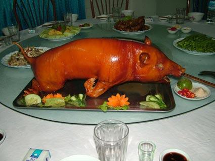 Lợn Mường cắp nách