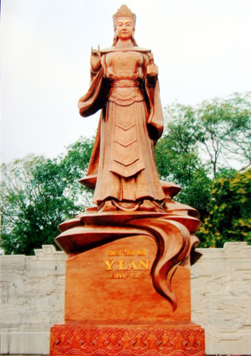 http://media.dulich24.com.vn/diemden/le-hoi-den-ba-tam-6194/le-hoi-den-ba-tam-2.jpg
