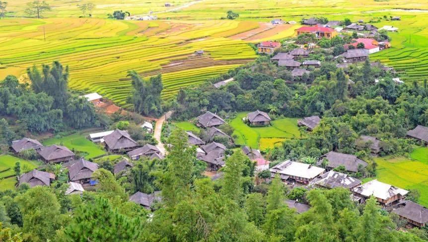 Bản Thái - Điểm du lịch Mù Căng Chải hấp dẫn.