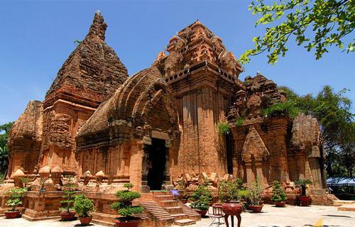 Tháp Chàm - Mũi Né
