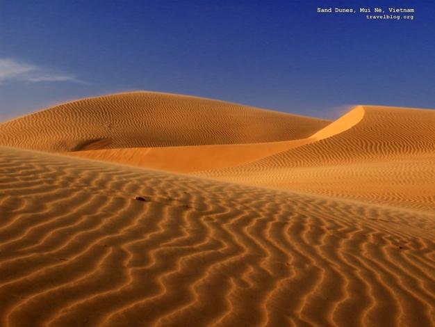 Đồi cát rộng mênh mông ở Mũi Né