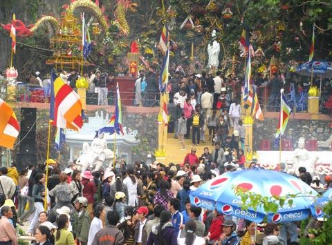 Lễ hội chùa Quan Âm