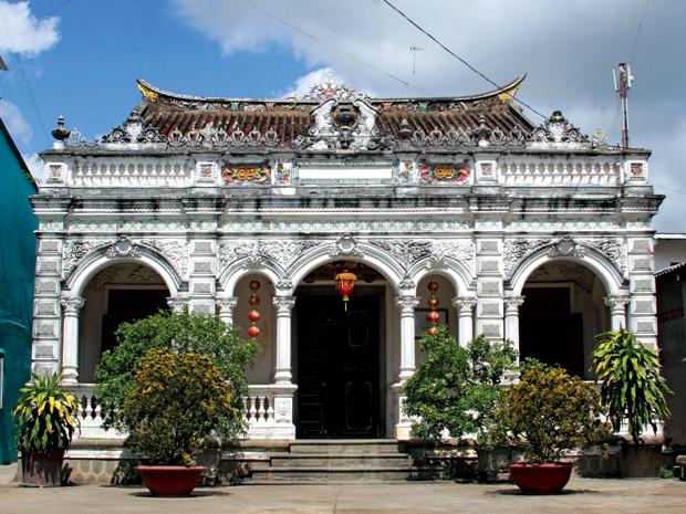 Điểm du lịch hấp dẫn: Nhà cổ Huỳnh Thủy Lê