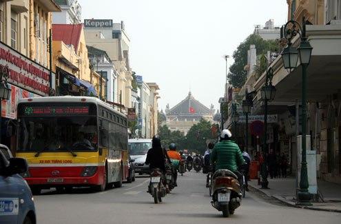 ...giờ được đổi tên thành phố Tràng Tiền sầm uất.