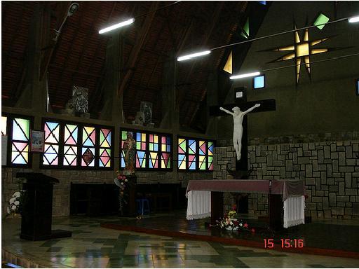 Thiết kế bên trong nhà thờ