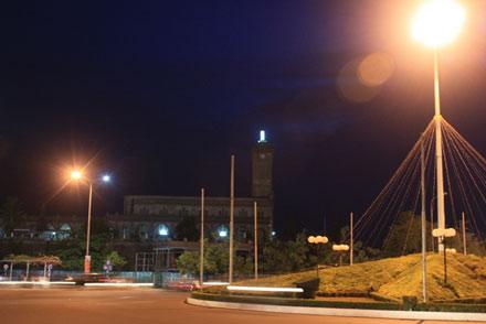 Nhà thờ nằm ở trung tâm thành phố Nha Trang