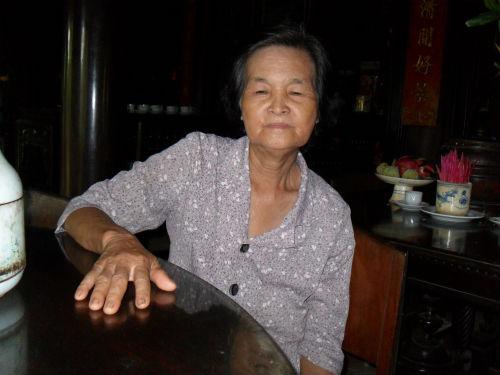 Bà Trần Thị Ngõ chủ nhân ngôi nhà vô giá