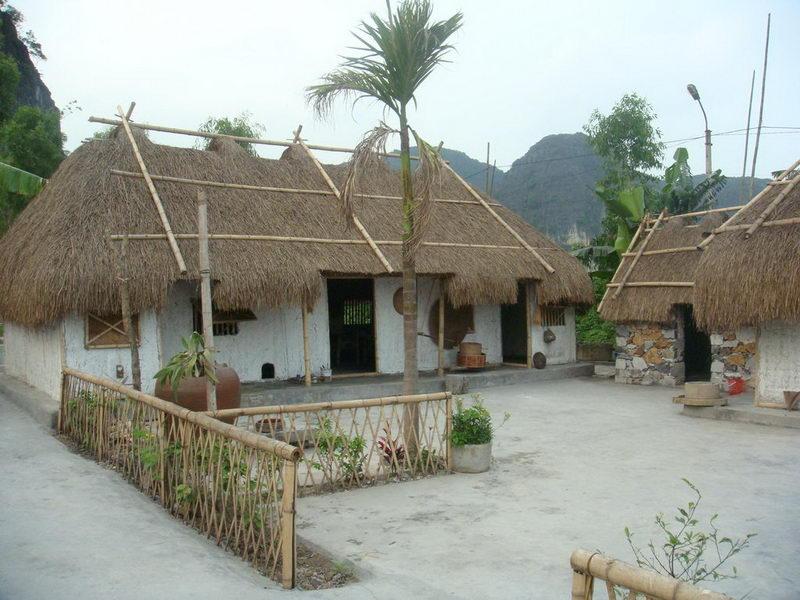 Làng Việt Cổ, Cố Viên Lầu ở Tam Cốc