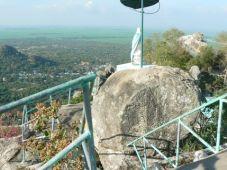 Núi Két - điểm du lịch tâm linh