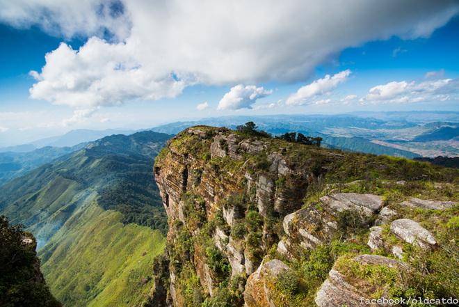 Núi Pha Luông - Điểm du lịch Mộc Châu hấp dẫn.
