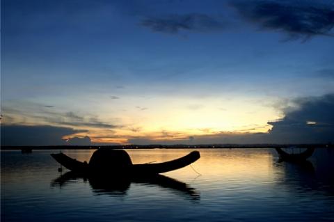Bình minh trên phá Tam Giang