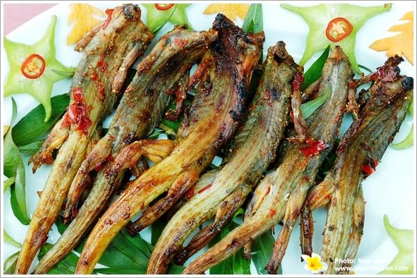 Dông nướng - Món ngon ở Phan Thiết.