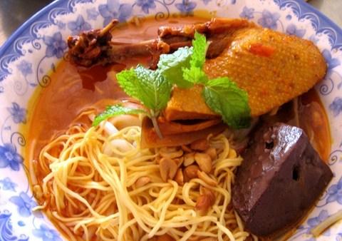 Mỳ quảng Phan Thiết - Món ngon ở Phan Thiết.