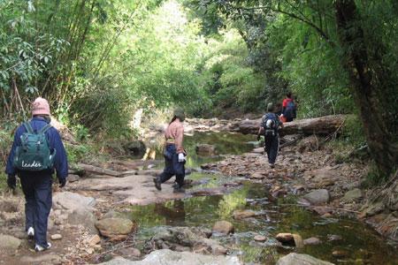 Cuộc hành trình chinh phục nóc nhà Đông Dương bắt đầu từ thôn Sín Chải, xã San Sả Hồ, huyện Sapa.