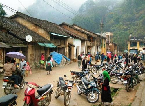 Khu phố cổ Đồng Văn, nằm trong quần thể du lịch Hà Giang