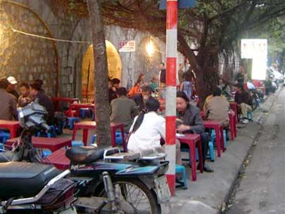 http://media.dulich24.com.vn/diemden/pho-phung-hung-4245/pho-phung-hung-10.jpg