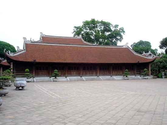 Khu thứ năm: Khu đền Khải thánh, thờ bố mẹ Khổng Tử, liên hệ với khu vực thứ 4 qua Khải Thành môn. Khu này mới được xây dựng lại.