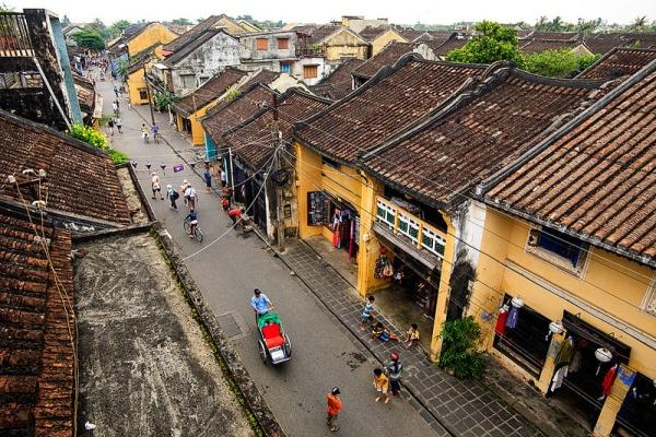 Trải nghiệm hấp dẫn: Những con đường phố cổ