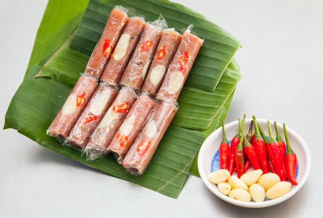Món ngon Sầm Sơn: Nem chua Thanh Hóa.