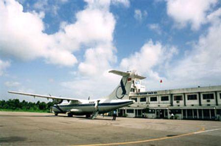 Sân bay Kon Tum