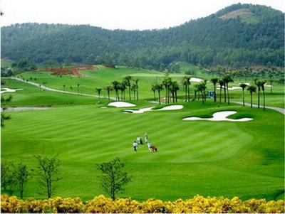 Sân Golf Đồi Cù