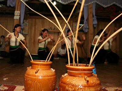 Văn hóa rượu cần dân tộc Thái - Sơn La