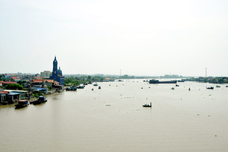 Theo GS Đào Duy Anh, con sông Chanh ngày nay chính là sông Bạch Đằng xưa