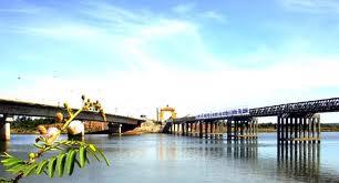 Sông Bến Hải và cầu Hiền Lương Quảng Trị