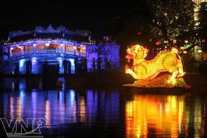 Sông Hoài ở phố cổ Hội An, một nhánh của sông Thu Bồn