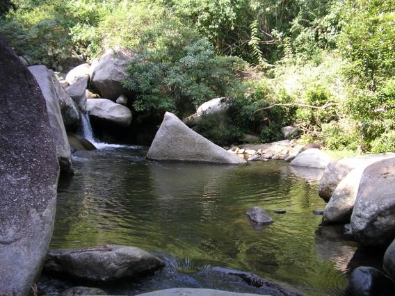 Là một trong những thắng cảnh của huyện Diên Khánh...