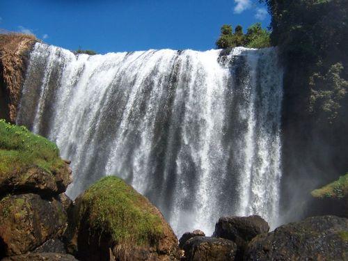 Thác Voi là một trong những thác lớn và quy mô nhất ở Tây Nguyên
