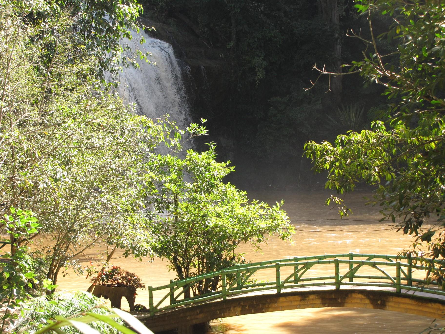 Một góc thiên nhiên tại thác Prenn