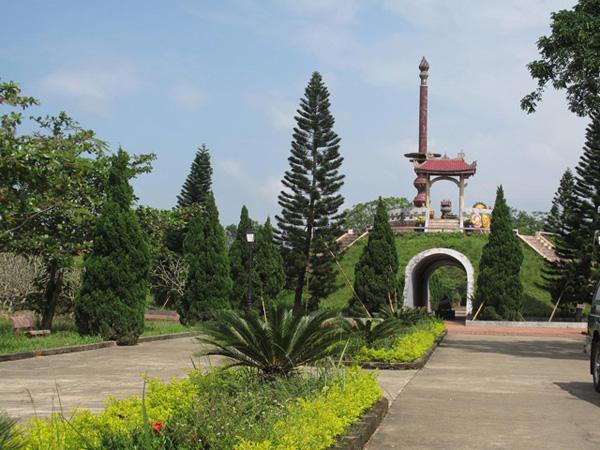 Đài tưởng niệm Thành Cổ