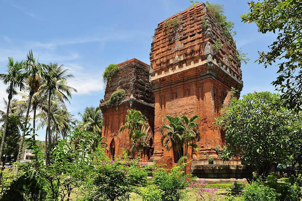 Tháp Đôi là di tích văn hóa Chăm độc đáo trên địa bàn thành phố Quy Nhơn, tỉnh Bình Định