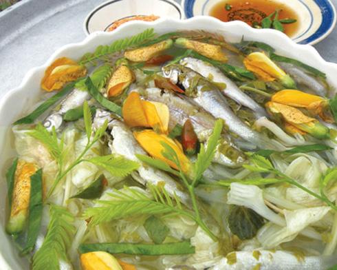 Đặc sản Bến Tre: Canh chua cá linh