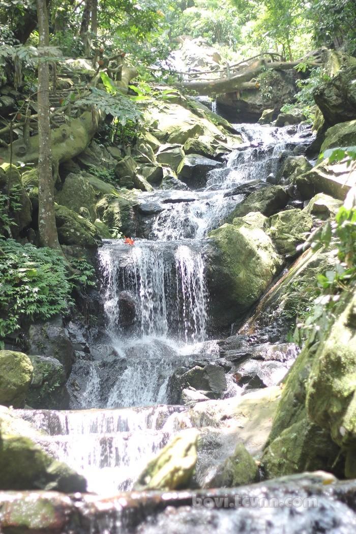 du lịch thiên sơn suối ngà