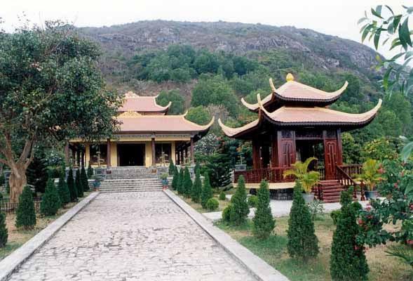 Thiền viện Chơn Không