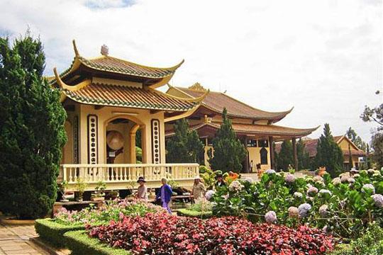 Thiền Viện Trúc Lâm được coi là thiền viện lớn nhất trong cả nước