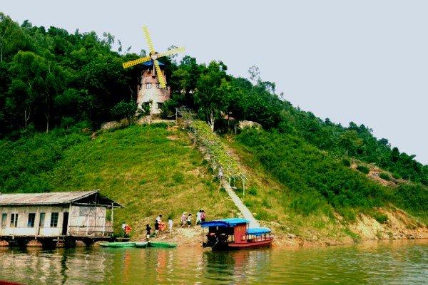 Khu du lịch Thung Nai