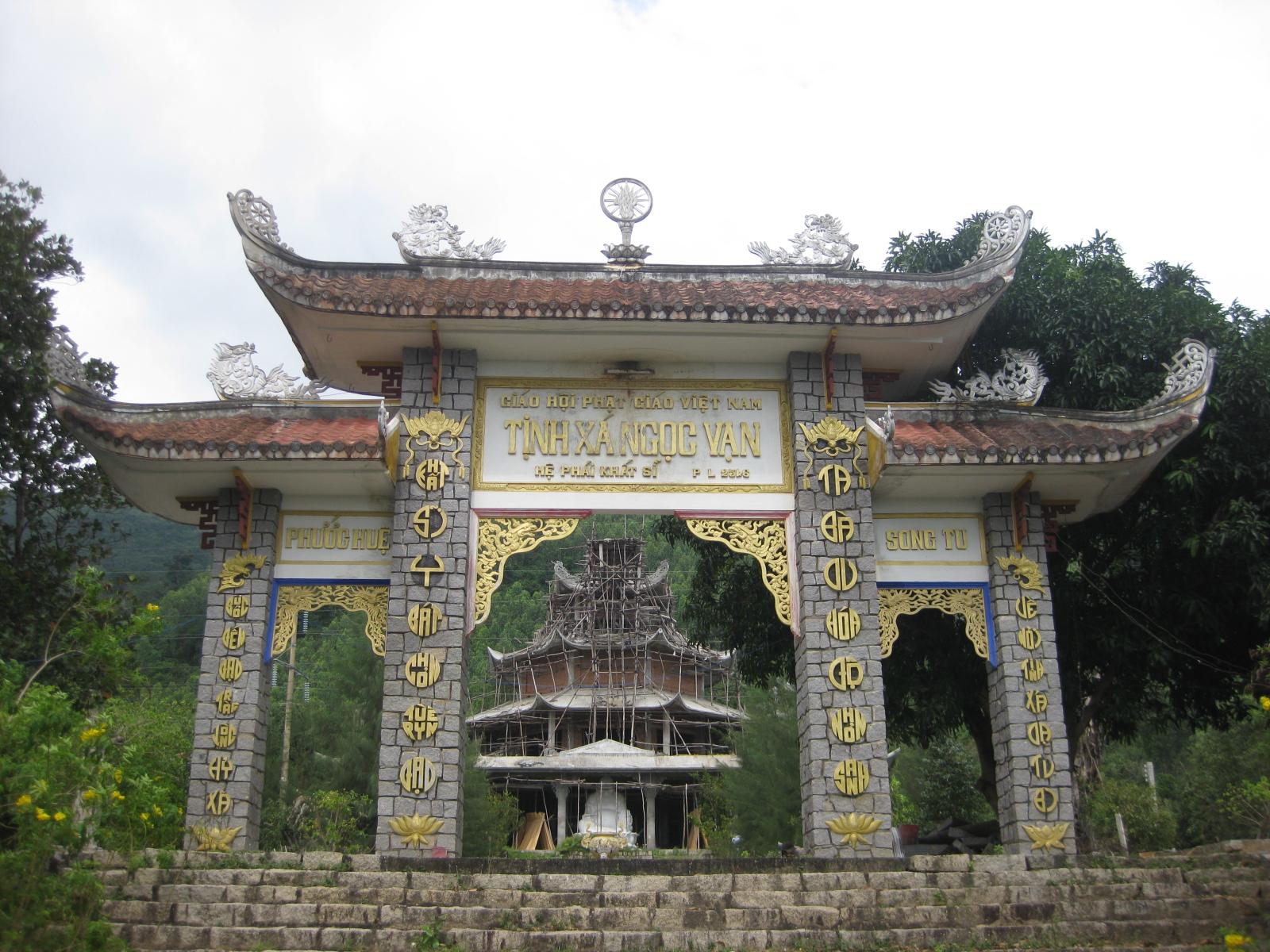 Tịnh Xá Ngọc Vạn