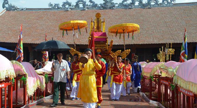 Lễ hội đình Trà Cổ