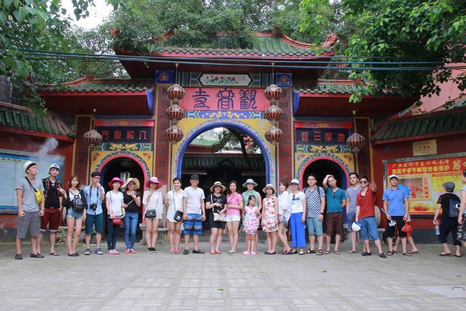 Đi tham quan thị xã Đông Hưng