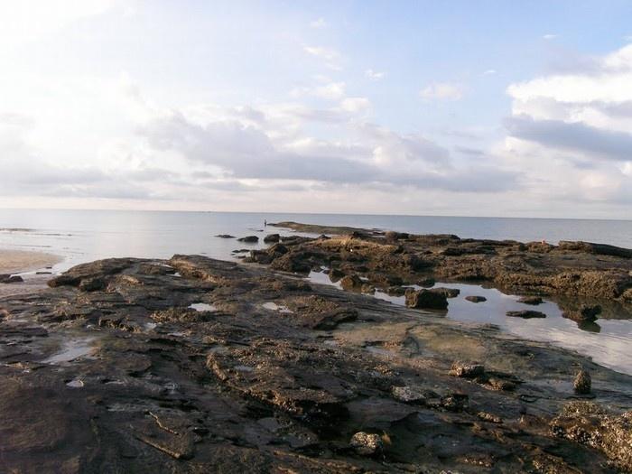 Bãi đá ở Cồn Mang