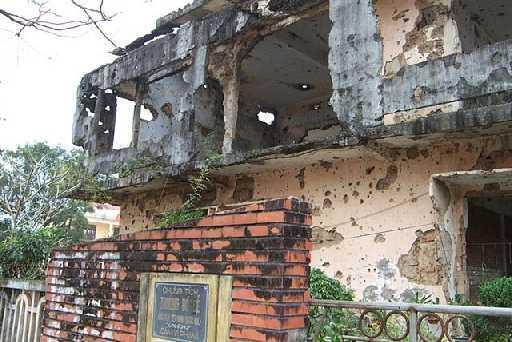 Di tích đã bị tàn phá bởi chiến tranh và thời gian