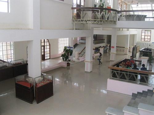 Đại sảnh của thư viện