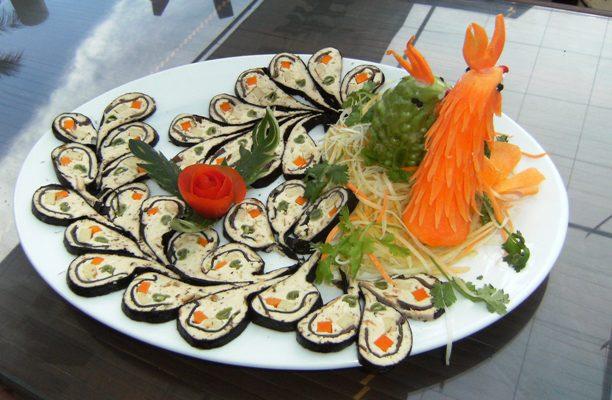 Những món ăn Huế không chỉ ngon mà còn được trình bày đẹp mắt