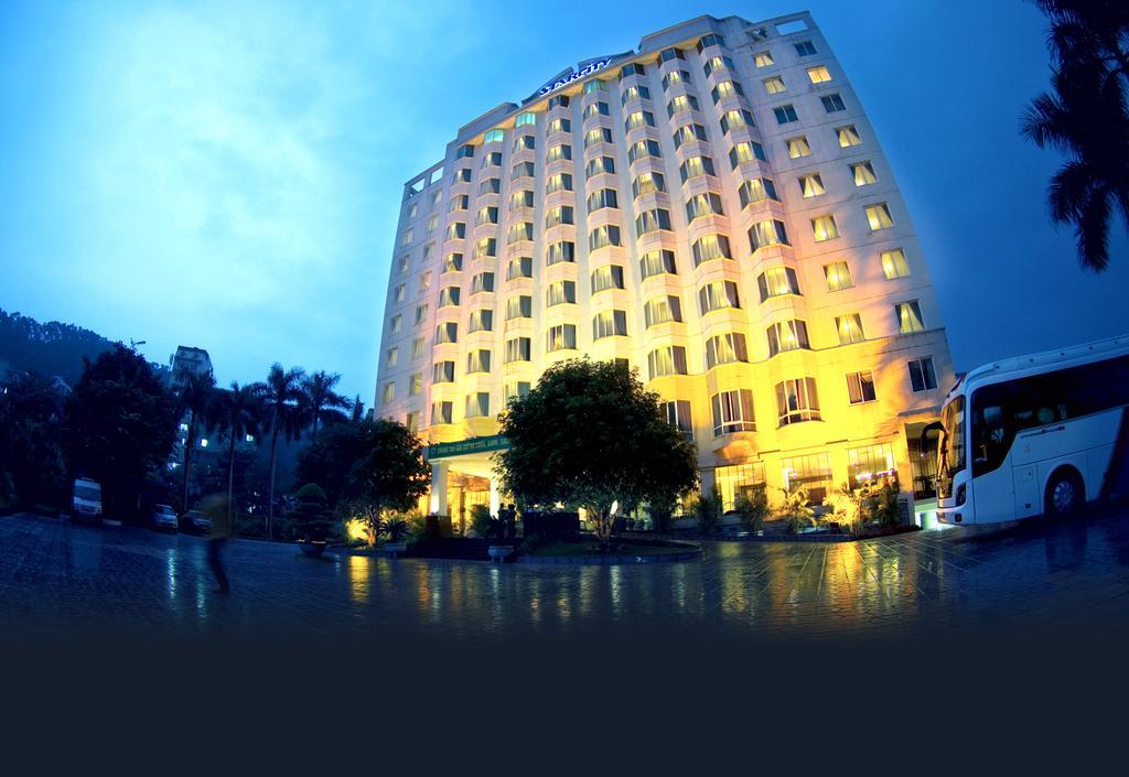 Starcity Halong Bay Hotel.